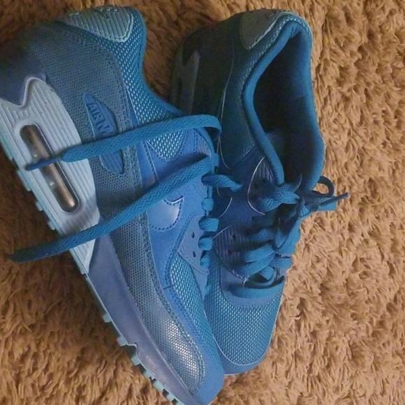 Esencialmente corazón Montaña Kilauea  Nike Shoes | Limited Edition Air Max Blue | Poshmark